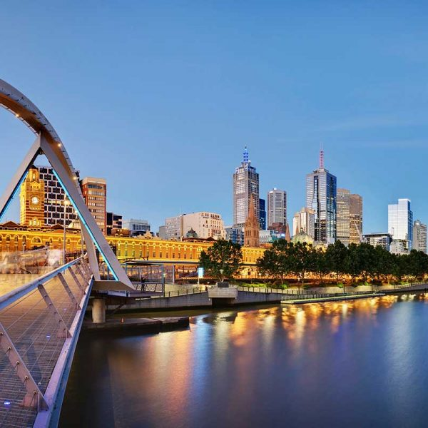 Beautiful view of Melbourne city and the Yarra River