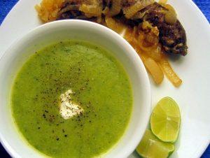 Entrée: Purée of zucchini and lime soup